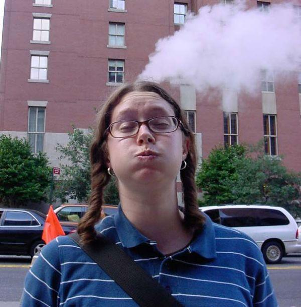 Smoking-Head-Illusion-newopticalillusions-com